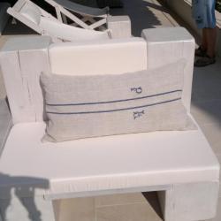 Création de coussin avec motif fin fait main - Atelier sellerie artisanale Grimaud