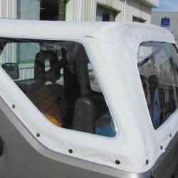 Capote amovible avec bâche transparente pour une Suzuki ancienne