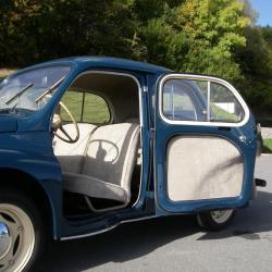 Travail de sellerie complet pour une voiture ancienne