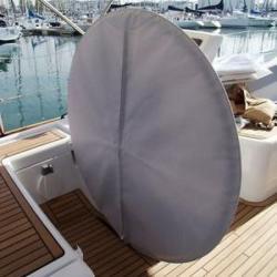 Housse de protection pour barre à roue de voilier